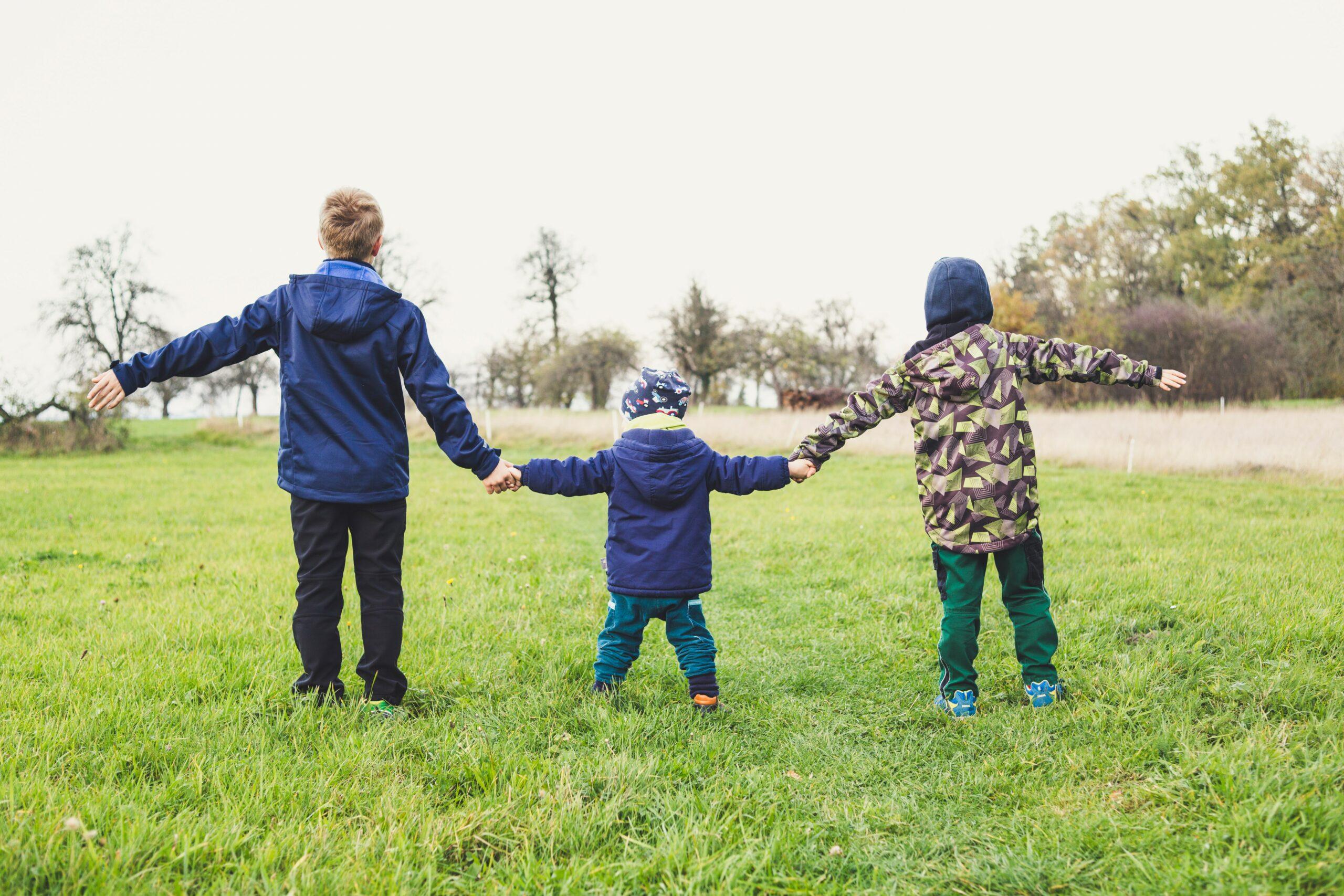 重視社會關懷–麗富康送愛到育幼院
